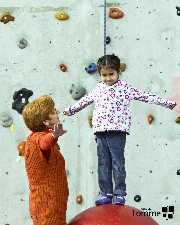 Atelier parents enfants cirque v nements ville de lomme for Piscine de lomme